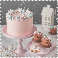 Holiday Baking with Peggy Porschen — Allure with Decor - Beautiful Holiday Baking. Christmas Cake Designs, Christmas Cake Decorations, Christmas Cupcakes, Holiday Cakes, Christmas Desserts, Christmas Treats, Christmas Holiday, Christmas Wedding, Christmas Birthday Cake