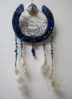 how to make a dream catcher | How to Make a Dream Catcher With Old Horseshoes ... | Dreamy