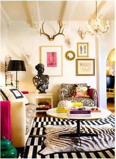 LOVE this wall and ceiling - Madeline Weinrib Black & White Buche Wool Flatweave Carpet, interior by Gary Spain design