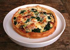 Hartige taart met spinazie, ham en blauwe kaas (ipv blauwe kaas mozzarella/ricotta erbij)