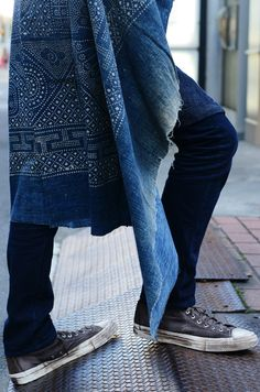 Visvim Indigo Machine, photographed by Tommy Ton Bleu Indigo, Mood Indigo, Shibori, Looks Style, Style Me, Look Fashion, Mens Fashion, Milan Fashion, Looks Jeans
