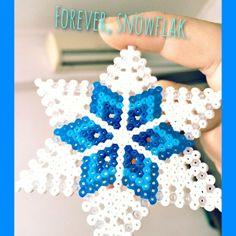 Snowflake hama beads by steviolegacy
