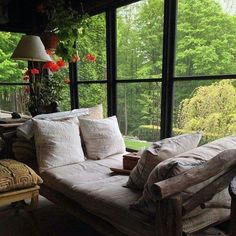 Screened Porch Bohemian Sleeping Porch Wooden Sleeping Porch I just love the idea of having a sleeping porch. an outdoo. Orangerie Extension, Sleeping Porch, Sleeping Nook, Sleeping Beauty, Interior And Exterior, Interior Design, Living Spaces, Living Room, Cozy Nook