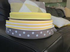Yellow and grey grosgrain ribbons Cute Headbands, Pretty And Cute, Grosgrain Ribbon, Ribbons, Yellow, Grey, Ideas, Ash, Bias Tape