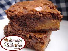 Brownie de chocolate com textura úmida e puxa-puxa, beiradas crocantes e recheado com doce de leite! Paraíso na Terra!  Você sabe que uma d...