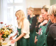 Berlin, Flowers, Sports, School, Creative, Hs Sports, Royal Icing Flowers, Sport, Flower