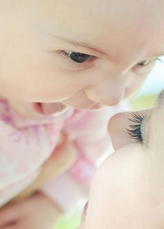 Beautiful and Cute Baby Photography Examples: 25 Pictures - Her Canvas Image Photography, Children Photography, Newborn Photography, Family Photography, Newborn Photos, Baby Photos, Family Photos, Mommy And Baby Pictures, 3 Month Photos
