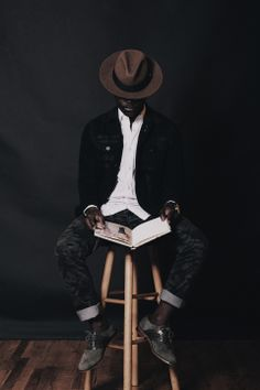 American denim brand Paige Denim have partnered up with men's fashion and style blogger Dapper Lou for an exclusive editorial that showcases the universal aesthetic and fit of Paige Denim.