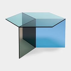 Isom Square Table