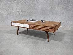 Retro Scandinavian Coffee Table - Luukas Table Holy Funk
