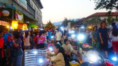 Le Sunday Market de Chiang Mai #Thailande #Chiang #Mai #market