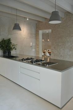 CASA BELFIORE: Cucina in stile in stile Moderno di studio di architettura DISEGNO