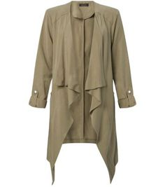 """Get a light jacket for in-between seasons - wear over work and evening styles.- Waterfall front- Turn up sleeves- Casual fit- Open front- Longline design- Model is 5'8""""/176cm and wears UK 10/EU 38/US 6"""