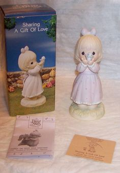Precious Moments figurine 527114 Sharing A Gift Of Love Easter Seals MIB