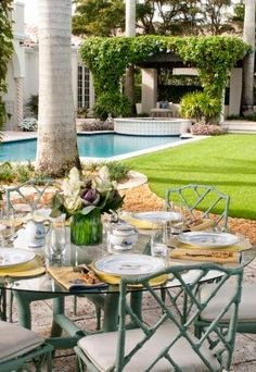 BEAUTIFUL PALM BEACH CHIC BACKYARD DESIGN IDEAS - You can create the ideal atmosphere or presentation with palm tree accessories and other tropical themed accents that will have your guests convinced they landed on an island far, far away. Outdoor Rooms, Outdoor Dining, Outdoor Furniture Sets, Outdoor Decor, Outdoor Parties, Backyard Parties, Outdoor Kitchens, Outdoor Ideas, Backyard Ideas