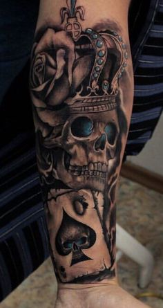 Tattoo. I like the playing card and the color. Joker Chest Tattoo, Forarm Tattoos, Dot Tattoos, Tatoos, Skull Tattoos, Thigh Tattoos, Leg Sleeve Tattoo, Leg Tattoo Men, Back Tattoos For Guys