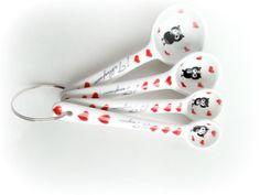 Owls! @etsyonsale @Etsyphile https://www.etsy.com/listing/213396176/measuring-spoons-owls-set-of-4-spoons?ref=shop_home_feat_1… #shopetsy #etsying #etsyretwt  #shophandmade #owl #giftsforher