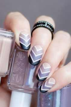 A super cool list of diy ombre and gradient nail art design tutorials from some… Simple Nail Art Designs, Nail Polish Designs, Cute Nail Designs, Pedicure Designs, Nails Design, Gel Polish, Pretty Nail Art, Beautiful Nail Art, Love Nails