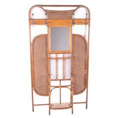 Frans Bamboe Wandmeubel of Garderobe met kapstok en spiegel jaren60. Dit is een mooie Franse kapstok met 8 haken. In het midden een mooie spiegel met een prachtig handig schapje eronder voor je mooie make-up spullen. Ook zit er een paraplubak bij met nog de originelen metalen schaal die wel wat beschadigd is wat natuurlijk niet vreemd is als deze kapstok ergens in de jaren60 is gemaakt. Bohemien stijl daar past deze kapstok geweldig bij. Hoogte: 202 cm Breedte: 111 cm Diepte: 21 cm Conditie: In  Bamboo Wall, Brown Beige, France, Vintage Designs, Furniture, Home Decor, Products, Closet Wall, Coat Racks