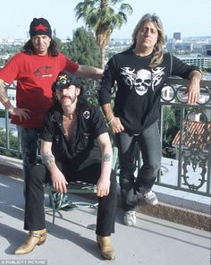 Lemmy: the rock wild man who made Keith Richards look like a choir boy Rock And Roll Bands, Rock Bands, Phil Campbell, Bret Michaels, Metal T Shirts, Music Pics, Rockn Roll, Best Rock, Rock Legends