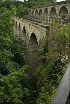Half in England, half in Wales,Thomas Telford's aqueduct is a 70ft high and 710ft long aqueduct that carries the Llangollen Canal across the Ceiriog Valley over the River Ceiriog at Chirk. Built between 1796 and 1801, it has 10 spans. The railway viaduct, added in 1846, stands 30 feet above the canal.
