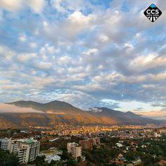 Te presentamos la selección del día: <<POSTALES DE CARACAS>> en Caracas Entre Calles. ============================  F E L I C I D A D E S  >> @ramzisouki << Visita su galeria ============================ SELECCIÓN @marianaj19 TAG #CCS_EntreCalles ================ Team: @ginamoca @huguito @luisrhostos @mahenriquezm @teresitacc @marianaj19 @floriannabd ================ #postalesdecaracas #Caracas #Venezuela #Increibleccs #Instavenezuela #Gf_Venezuela #GaleriaVzla #Ig_GranCaracas #Ig_Venezuela…