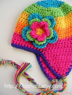 Good to have in your pattern stash - can be worked in any size, any yarn. Pattern not provided here, but should be easy to work out. Bonnet Crochet, Crochet Cap, Crochet Beanie, Love Crochet, Girl Crochet Hat, Crochet Winter, Crochet Flowers, Crochet Kids Hats, Crochet Crafts