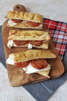 High Tea, Mozzarella, Pesto, Camembert Cheese, Sandwiches, Lunch, Cookies, Baking, Drinks