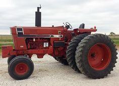 1544 best only red tractors images on pinterest international 1976 ih 1066 black stripe freerunsca Images