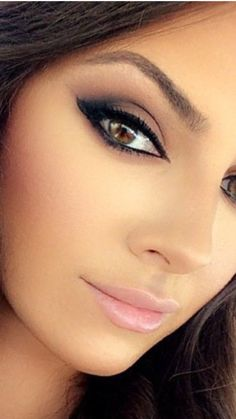 Schönes Make-up - Makeup Tips Summer Beauty Video Ideas, Beauty Tips For Teens, Glam Makeup, Eye Makeup, Hair Makeup, Fancy Makeup, Makeup Tips Summer, Mascara, Eyeliner