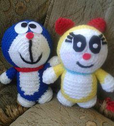 Doraemon y Dorami #amigurumi #amigurumis #muñecostejidos #crochet #lana #tejido #tejiendo #tejidoamano #tejidocrochet #tejidos #lana #doraemon #dorami #muñecostejidosjoni #hechoamano #Ecuador #Quito