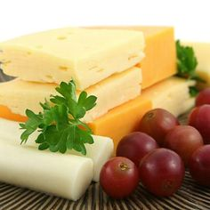 Another after lunch To-Do: nibble on cheese after meals. That soda and chocolate chip cookie you downed during lunch left acid on your teeth, but certain cheeses are alkaline, meaning they contain substances which can neutralize acid. #FrandsendDental