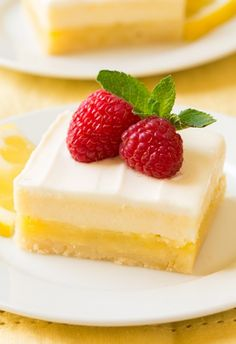 Cheesecake Lemon Bars