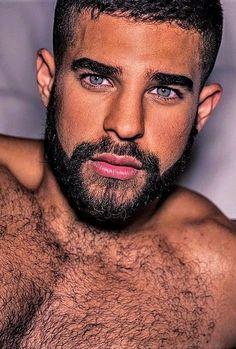 Hairy Hunks, Hairy Men, Bearded Men, Beautiful Men Faces, Gorgeous Men, Men Chest Hair, Muscle Bear Men, Blue Eyed Men, Scruffy Men