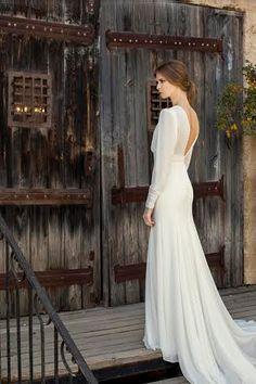 ROBE DE MARIÉE À LA MAIN / SUR MESURE Belle, romantique et élégante est vraiment tout ce dont vous avez besoin dans une robe de mariée. Cette