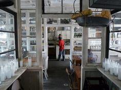 Restaurant Visit: Saraghina in Brooklyn : Remodelista