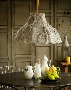 Lampshade: | 30 Easy And Cuddly DIY Ideas For Recycling Old Sweaters