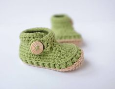 milasila / prvé papučky Cute Crochet, Baby Shoes, Kids, Clothes, Fashion, Bebe, Young Children, Outfits, Moda