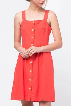 Red sleeveless button front dress with square neckline. Red Button Front Dress by Movint. Crop Image, First Day Of Summer, Button Front Dress, Red Button, Square Necklines, Dress Outfits, Buttons, Summer Dresses, Model