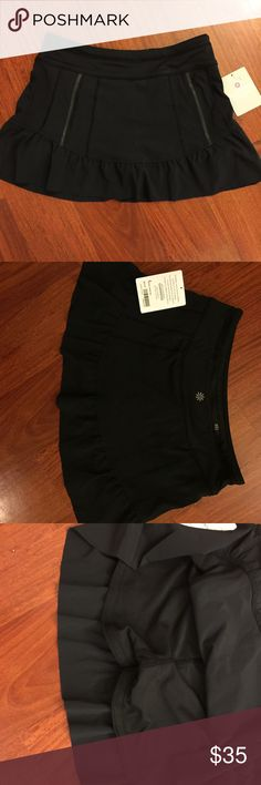 NWT Athleta takeoff short/skort Sz2 Excellent for running or tennis. This skort features built in shorts with anti-slip technology. Size 2 =XS fits similar to lululemon. ‼️CROSS POSTED ON MERCARI‼️ Athleta Shorts