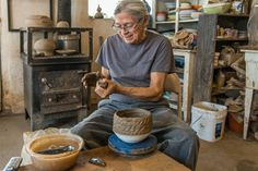"Felipe Ortega is ""The Clay Conjurer"" - Craftsmanship Magazine"