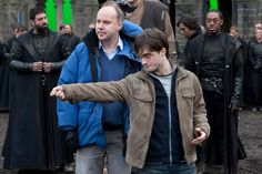Oh David Yates, how much do we love you? For those casual Harry Potter fans, David Yates was the director of the last FOUR films in the Potter film octet. Harry Potter Film, Harry Potter Jacket, Harry Potter Fan Art, Harry Potter Characters, Harry Potter World, Fantastic Beasts Movie, David Yates, Fans D'harry Potter, Deathly Hallows Part 2