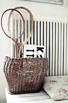 find the vintage tennis rackets