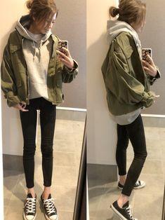 詳細は instagram → sayaka__sea ミリタリージャケット大好き。 袖が絞れるのが