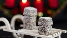 Gudrun von Mödling Schoko-Kokos-Würfel - Krispie Treats, Rice Krispies, Small Desserts, Gudrun, Biscuits, Bakery, Place Card Holders, Cookies, Stollen