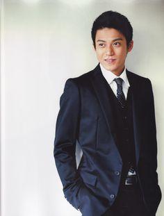 suit x tie :: Oguri Shun