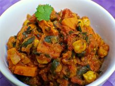 Yam Chickpea Spinach Curry + other vegan recipes Mcdougall Diet, Mcdougall Recipes, Healthy Dishes, Vegan Dishes, Healthy Eating, Plant Based Whole Foods, Plant Based Recipes, Whole Food Recipes, Vegan Recipes