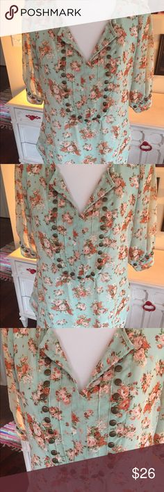 Angie Boutique Mint Green Vintage Floral Blouse M Beautiful vintage floral blouse in mint green and peach colors. Cute for fall with skinny jeans and boots. EUC!  Thanks! Angie Tops Blouses