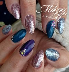 Mix nails