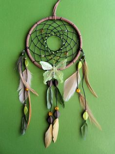Dream Catcher -- Inspiration...have butterflies that would look nice in a dream catcher
